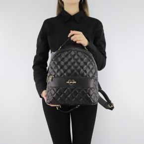 Backpack Love Moschino black quilted shoulder straps and with the written moschino gold JC4213PP06KA000A