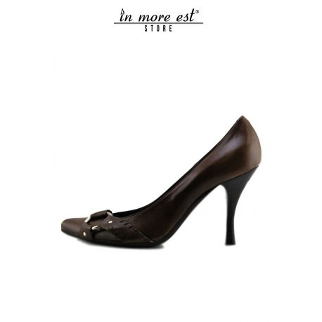 DECOLLETE' MEDIUM TOE BROWN CALF BUCKLE METAL FRAME