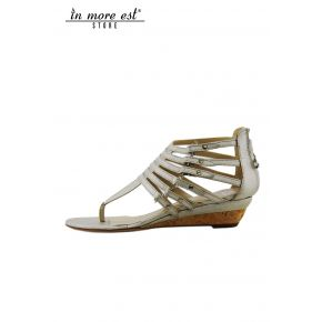 FLAT SANDAL PLATINUM LAMIN FLIP FLOPS TIGHTENING NECK TO THE FOOT WITH BUCKLES METAL SILVER LIGHTWEIGHT CORK WEDGE