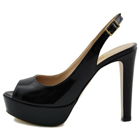 SANDAL WITH HEEL PATENT BLACK