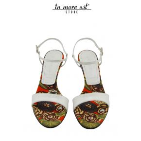 SANDAL MEDIUM PAINT WHITE PRINT FABRIC FLOWERS