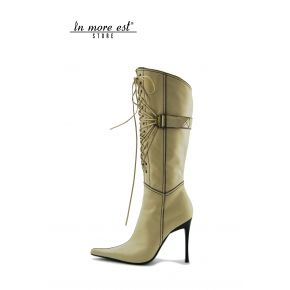BOOT HIGH TOE CREAM CALF HIGH UPPER ALLAC LEG AND ZIP INTERNAFIBBIA TO THE LACES ON THE LEG AND METAL FRAME