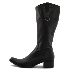 LOW BOOT TOE.TEXAN BLACK CALF HIGH UPPER SHADES OF BROWN ON A LEG-HIGH