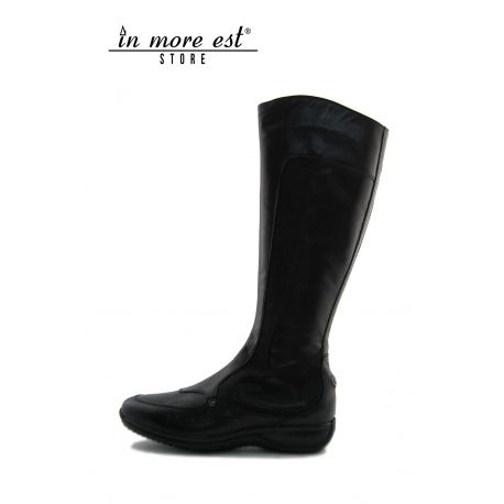 LOW BOOT SPORT BLACK HIGH UPPER CALF/FABRIC WITH LOGO AG THE BOTTOM OF THE BLACK RUBBER
