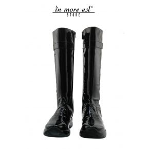 LOW BOOT SPORTS A BLACK PAINT LEG HIGH PLAC METAL, BURNISHED G LOGO BOTTOM BLACK RUBBER