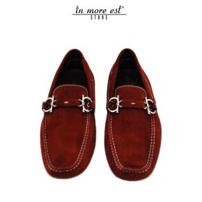 MOCCASIN SUEDE RED BITE METAL SILVER