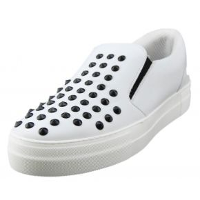 SLIP-ON WHITE LEATHER BLACK STUDS