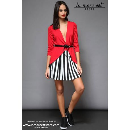 SKIRT BLACK AND WHITE STRIPES WALL IN RED