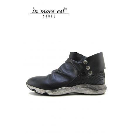 HIGH-TOP SNEAKERS BLACK CALF, HEEL REPTILE-BLACK LACE-UP BUCKLE AUTOMATIC BOTTOM WHITE RUBBER SPAZZ BLACK