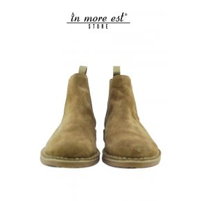 SOCKET LOW BEIGE SUEDE BOTTOM RUBBER