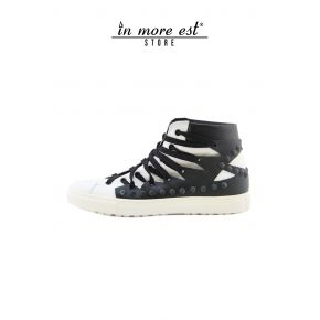 HIGH-TOP SNEAKERS WHITE/BLACK CALF LACE-UP BLACK STUDS