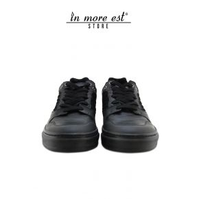 SNEAKER LOW-BLACK CALF/COCONUT SUEDE/LAMIN ARG/RUBBER LACE-UP