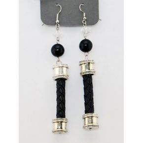 PENDANT EARRINGS BLACK