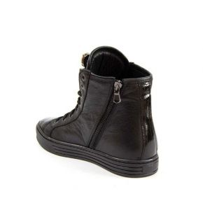 Sneaker in black leather with detail brooch rhinestone detailing