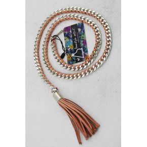 Cintura di catena argento con camoscio intrecciato rosa cipria e nappino rosa cipria