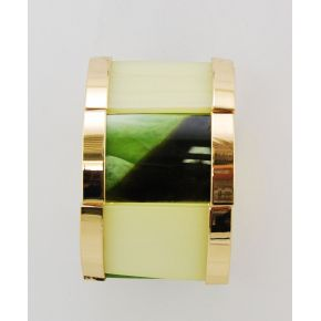 Bracelet on elastic band colour green and gold-coloured metal