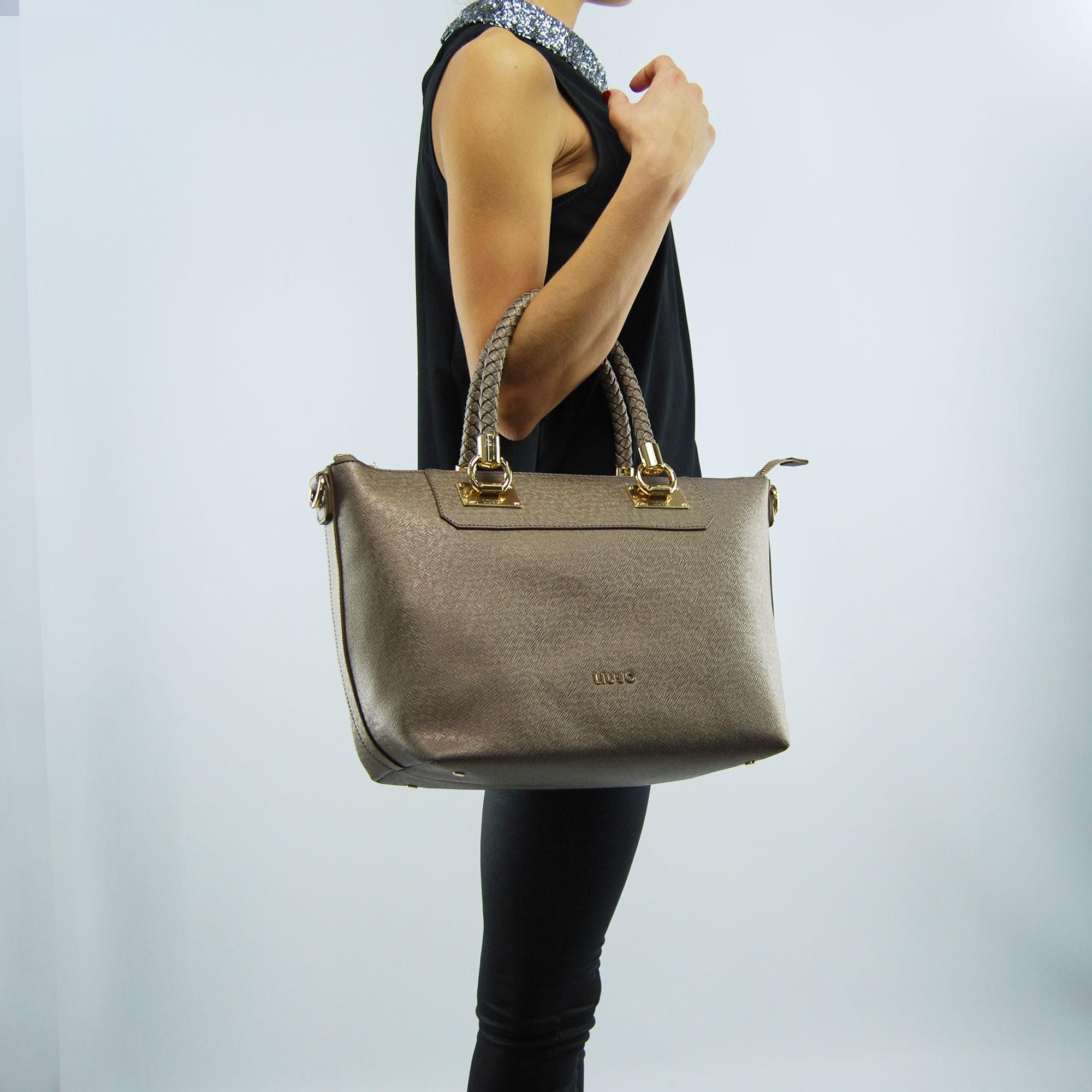 4ea8a6bf2d16a Shopping bag horizontal Liu Jo anna pale brown metal. Tap to expand