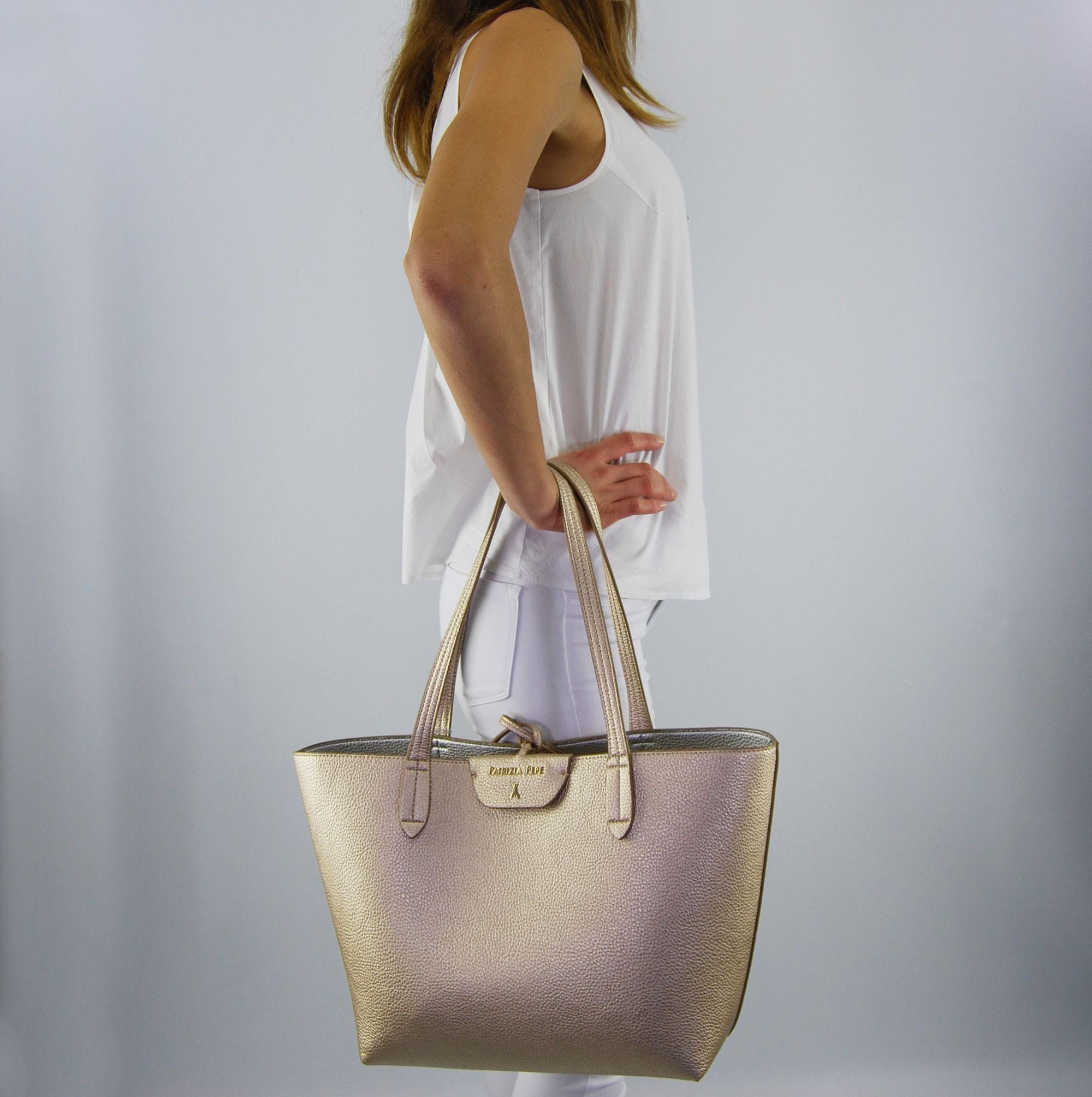 buying cheap multiple colors great look Sac Shopping par Patrizia Pepe réversible or, l'argent, le nouvel or argent