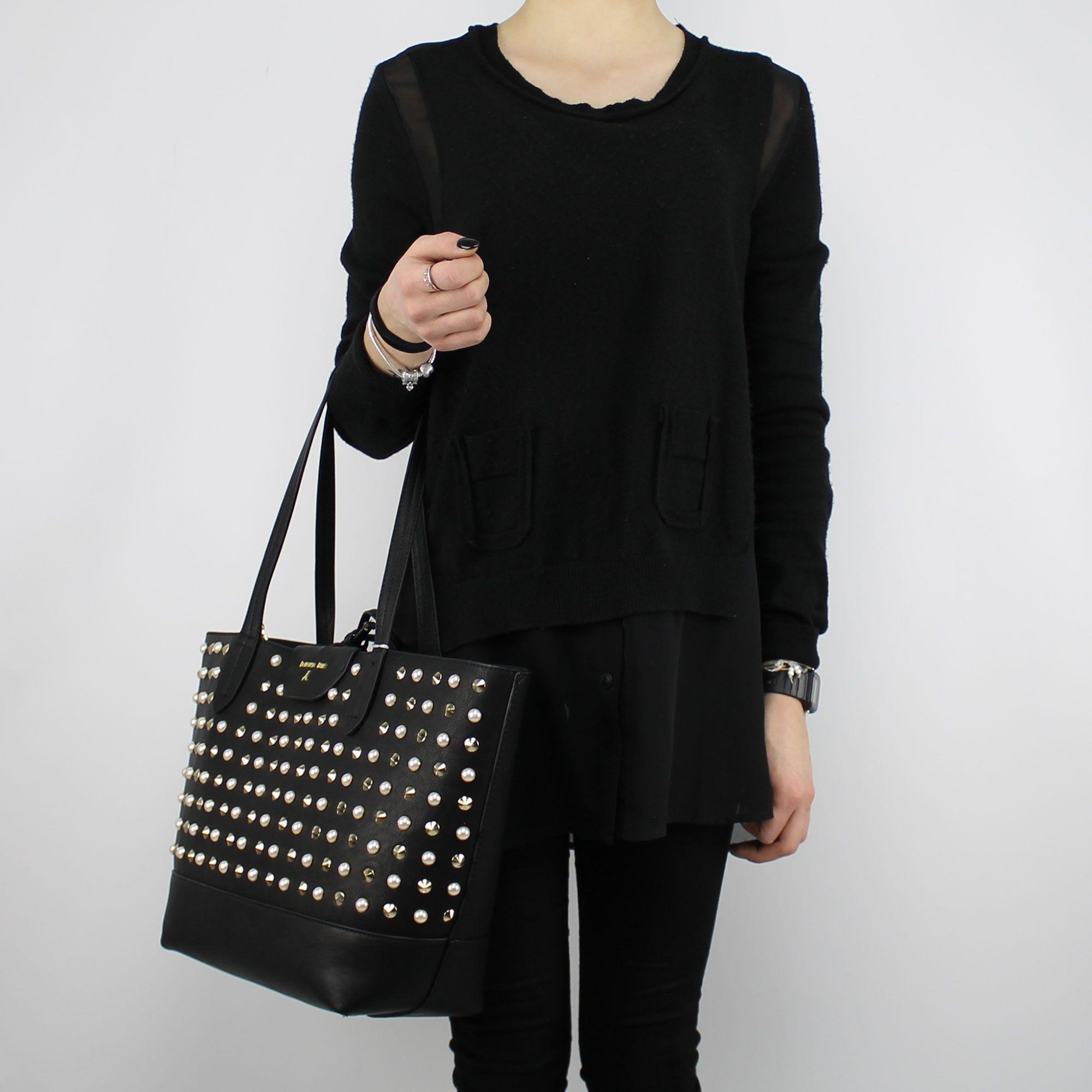 borchie nera Pepe e Shopping Patrizia Borsa perle con reversibile TwAg7q1 f7ce3fd1b60