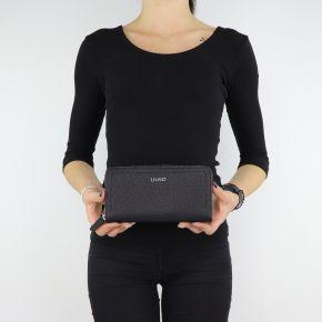 Wallet XL Zip Around Manhattan Liu Jo black A68174 E0011